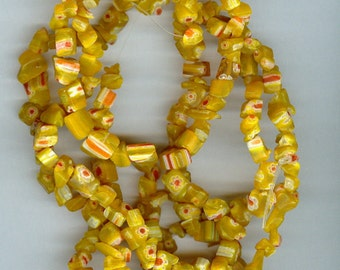 Yellow with Red Millefiori Flower Chip Glass Beads - 32 inch Strand 702