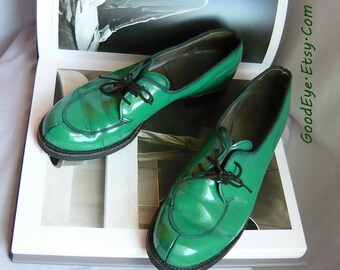 Vintage 70s Green Granny Oxford Shoes / Size  7 aa Eu 37 .5 UK 4 .5 Narrow Width  /  Dated 1979 GENESCO  / Brogans Grunge Industrial