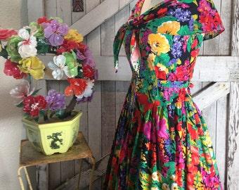 1980s cotton sundress 80s bright floral dress size medium Vintage 80s does the 50s summer dress