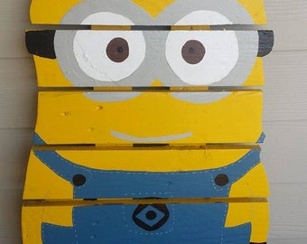 Minion sign made from recycled pallets, hand painted