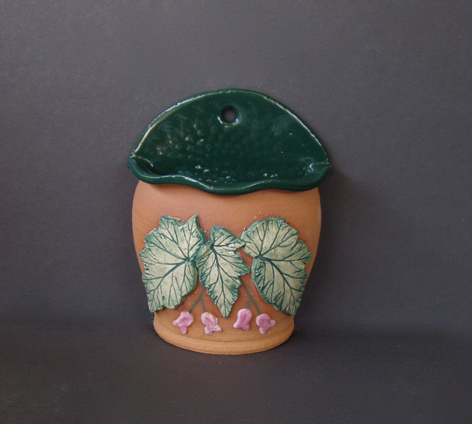 Begonia Pottery Flower Pot Outdoor Ceramic Wall Planter