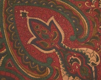 Six Vintage Napkins - Burgundy Green Paisley - Fall/ Winter Dining