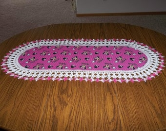 Crocheted Table Runner Dresser Scarf Centerpiece Disney Minnie Mouse Fabric Center Crocheted Edge