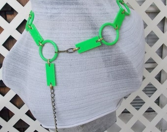 Swingin' Sixties Mod Lime Green Plastic Link Chain Belt, Mod Belt 60s go go sz 32 and less