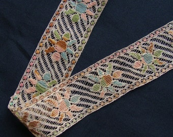 Antique Vintage Cotton Lace Trim with Embroidered Flowers