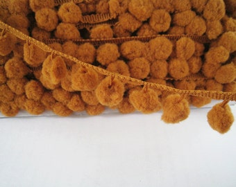 3 to 6 yards Pom Pom Trim - Choose your own yards - Large - Number 35 Woody Brown ( Pom pom size  1.2 cm or 1/2 inch )