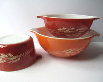 Vintage Pyrex Autumn Harvest Wheat Cinderella Mixing Bowls Baking Dish Trio