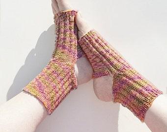 Any-Yarn Yoga Socks (pdf pattern)