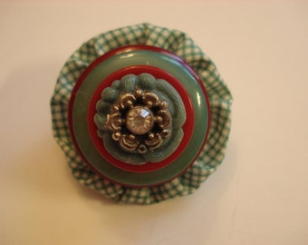 Vintage Stacked Button and Fabric Yo-yo Brooch - Red & Turquoise