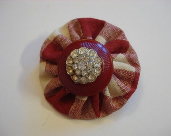 Vintage Stacked Button and Fabric Yo-Yo Brooch - Red Plaid & Rhinestones - Hand Crafted