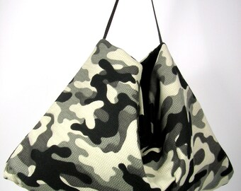 Black and Gray Camouflage Hobo Bag Camo Travel Bag Camo Hobo Bag Military Chic Camo Shoulder Bag Camo Hobo Bag Hippie Shoulder Bag Camo Bag