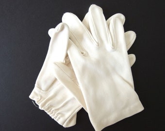 Vintage Dress Gloves - Short, Wrist Length Dress Gloves
