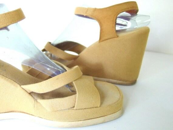 Vintage 1970's Canvas Platform Wedge Sandals Shoes, US 8, Eu 39, UK 5.5