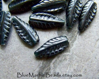 Arrowhead Beads-Feather Beads-Leaf Beads-Arrow Head-Boho Beads-Boho Chic-Lucite Beads-Vintage Jet Black Lucite Arrowhead Beads-50 Beads