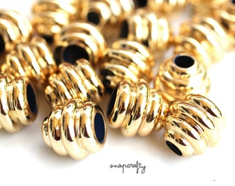 6pc vintage gold plated beehive beads 17mm / new old stock / vintage lucite beads