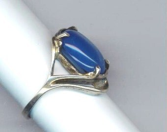 Vintage Sterling Silver Deep Blue Stone Ring . Marked 925 . Asymmetrical Design . Engagement Ring - The Silver Ring by enchantedbeas on Etsy