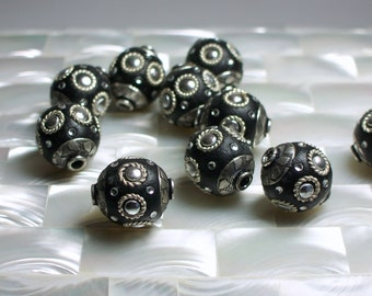 2pcs Polymer clay Bead Black Round Silver tone Embellishments Leather like Jewelry Bead Jewelry Jewellery Craft Supplies