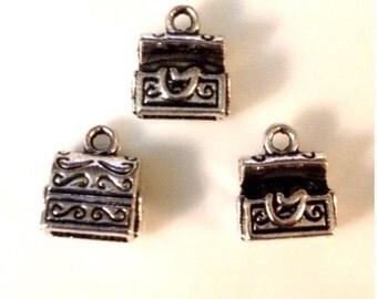 5 Treasure Chest Charms 3D - Antique Silver - SC83#GO