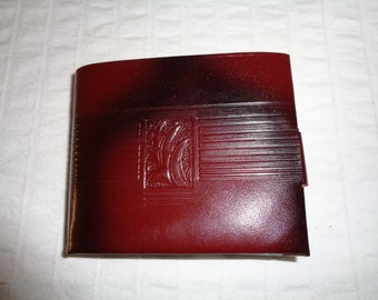 Penney's Towncraft Genuine  saddle leather  mens bi fold wallet  coin purse  near mint vintage condition