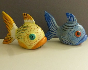 Vintage Mid Century Ceramic Blue and Gold Fish Salt and Pepper Shakers