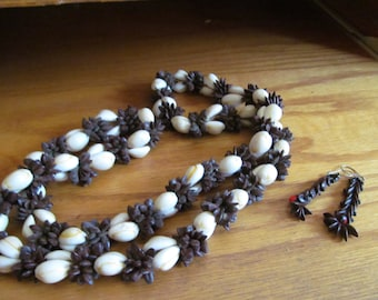 seed bead necklace plus