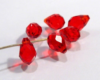 Red Glass Faceted Briolette Teardrop Beads.....8x6mm.....6 Beads