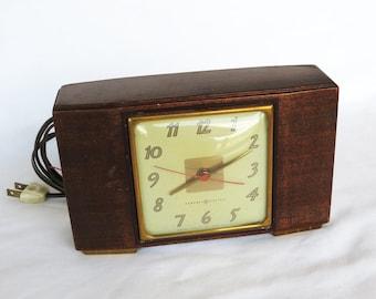 Art Deco Electric Clock GE Wood Model 3H176