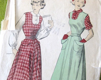Advance 5266 - Vintage 1949 Womens Jumper Pattern with Side Pockets and Blouse / Size 11