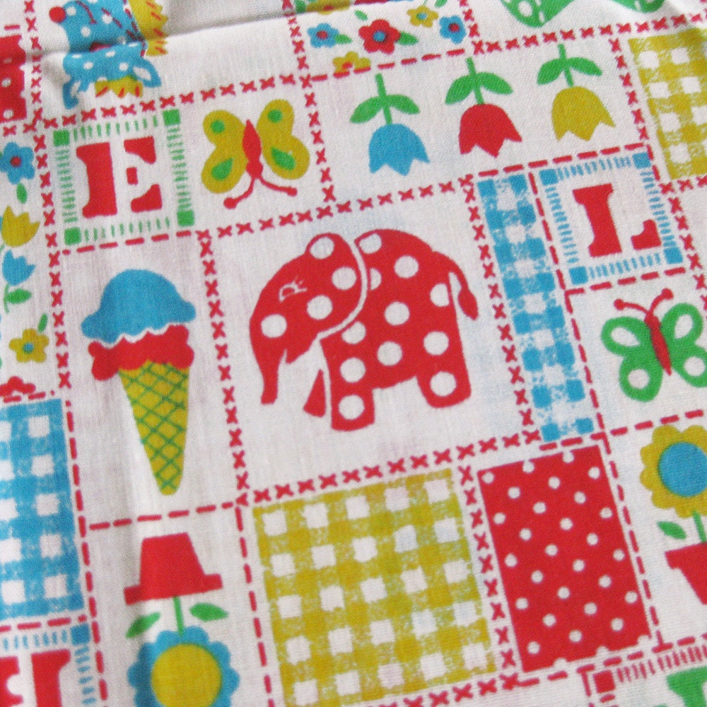 Vintage novelty print fabric childrens 39 print juvenile for Vintage childrens fabric by the yard