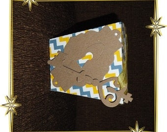 Takeout Box, Alice in Wonderland Key and Key Hole with Box, Vintage Style Box, no. 107, Lg. Take Out Box, Handmade Box, Handmade by Annie42