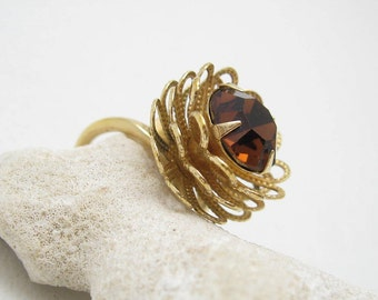 Tall Vintage Ring Tiered Marigold Coventry Jewelry R6753