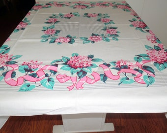 Beautiful Vintage Springtime Pink Ribbon Hydrangea Tablecloth 51 X 50 Inches SVFT ECS