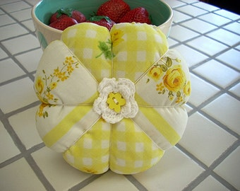Sewing Supply,Pincushion, Sewing Supplies, Pincushion's, Flower Pincushion, Handmade Pincushion