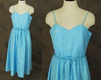 CLEARANCE SALE vintage 60s Dress - 1960s Day Dress - Baby Blue Sun Dress Sz M