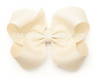 Ivory Hair Bow, 4 inch Boutique Bow, Girls Hairbow, Basic Hairbow, Ivory Grograin Bow, Flower Girl Bow, Weddings, Baptism, Christening