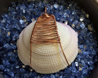 LARGE Spiral Interwoven Wire Wrapped CLAM SHELL Pendant With Naturally Darkening Copper Wire - The Sea Witch Collection - Cockle Shell