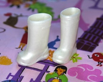 Blythe Pearl Shimmer Doll Gumboots