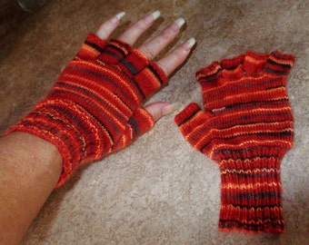 Buy Bonnie's Hand Knit Variegated Autumn Wool/Nylon Yarn Finger Free Gloves  @ cyicrochet