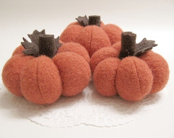 Three Sweater Pumpkins Autumn Decoration Halloween Pumpkin Centerpiece Fabric Pumpkin Autumn Decor Farmhouse Style Rustic Decor 714