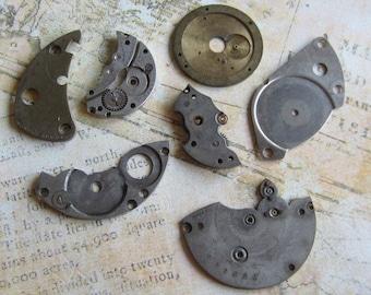Vintage metal pocket Watch plates   - Steampunk - Scrapbooking h59