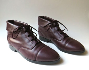 90s vintage Cuffed Dark Burgundy Leather Ankle Boots / Prima Royale