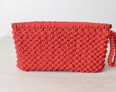 Red Woven Clutch / Red Wristlit / Clutch purse / 1970's/