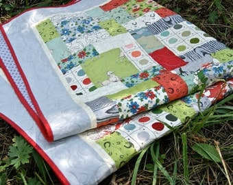 Quilt Horses Purebred Horseshoes Paint by Number Red Green Gray Baby Nursery Bedding Toddler Cot Scrappy Patchwork