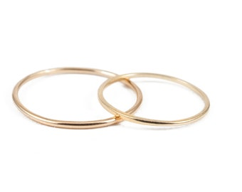 Simple 14K Gold Band, Stacking Ring, Knuckle Ring, Wedding Gold Band, 1mm Band, Round Band, Recycle Gold Ring