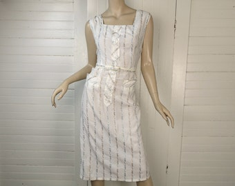Pin Up Sun Dress- 40s/50s White Cotton Bombshell Dress- Sleeveless- 1940s- Large