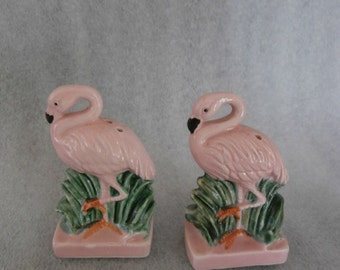 Vintage  Pink  Flamingo birds Salt and Pepper Shakers  JAPAN