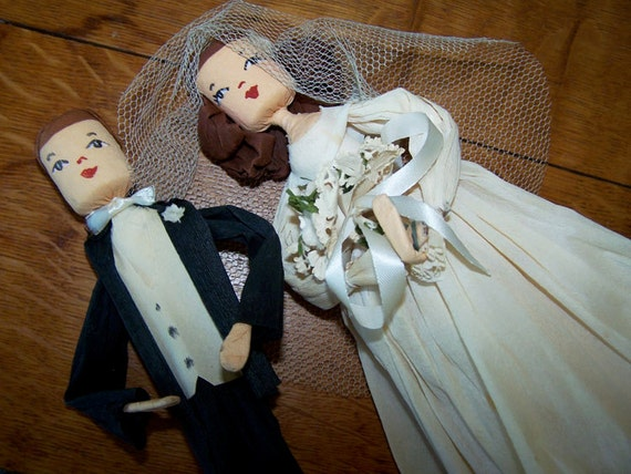 redhead wedding cake topper wedding cake topper and groom crepe paper topper 19127