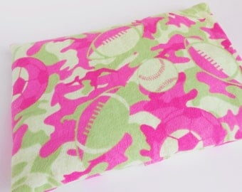 Camoflauge and Sports Soft Flannel Neon Pink with Green Microwave Heat Pack ~ Nice idea for a Sports Fan Cozy Warmth for Toes 9x6