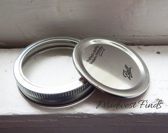 Regular Mouth Mason Jar Canning Lid and Band