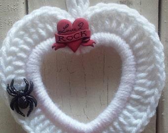 Crochet Photo frame, Heart Frame, Ornament, Hang Tag, Rock Star in White
